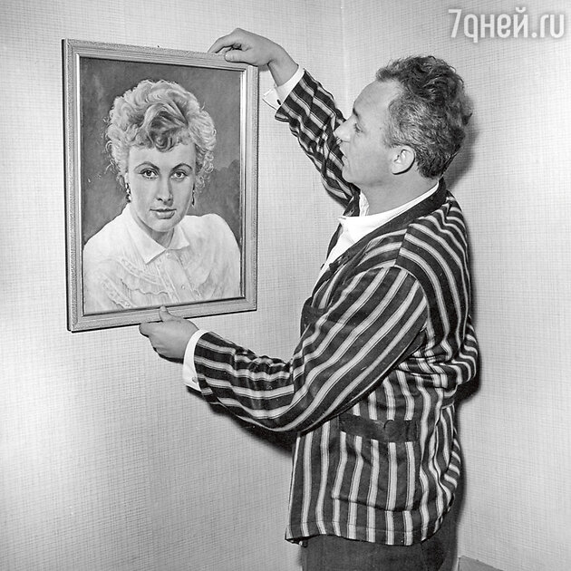 Николай Рыбников дома. 1970-е гг.