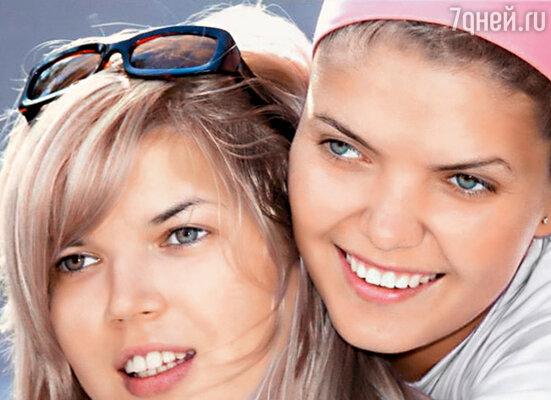 Мои любимые двойняшки — Вика и Настя