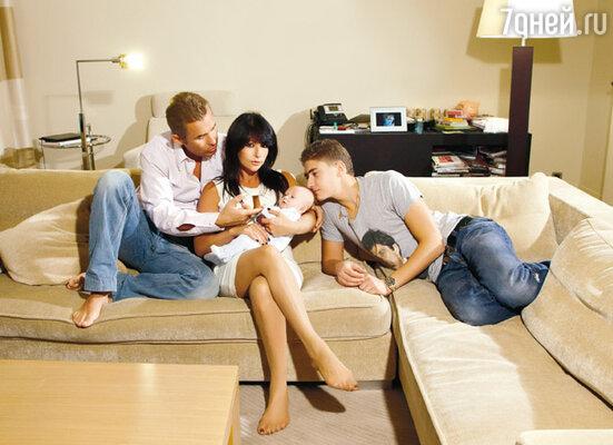 Светлана: «Нужно держать мужа в постоянном драйве, чтобы он не догадывался, что ты сделаешь в следующий момент, тогда есть шанс прожить вместе всю жизнь, не разбежаться»