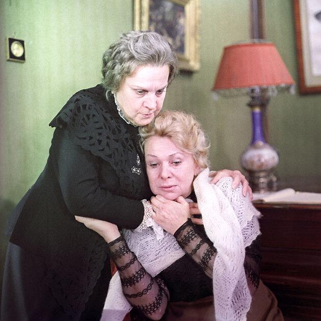 Одна из последних ролей Валентины Серовой в фильме «Кремлевские курсанты». 1970 г.