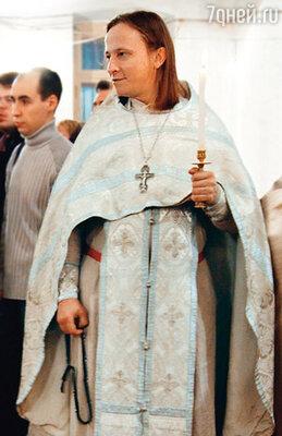 Почти год отец Иоанн служил в своем приходе в православном храме Ташкента