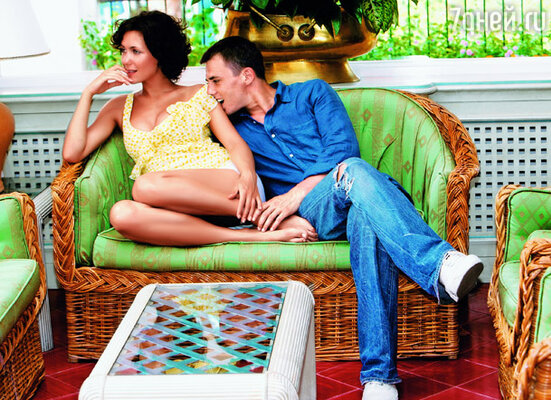Наша  любовь началась на съемках продолжения фильм «Московские окна»