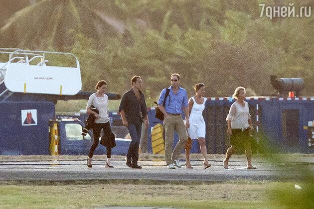 Семья Миддлтон и принц Уильям на острове Мюстик