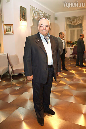 Всеволод Шиловский на праздновании дня рождения Эммануила Виторгана