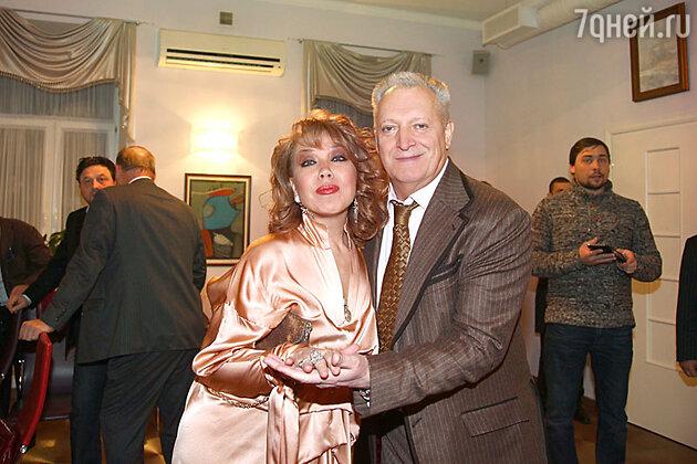 Азиза и Евгений Болдин на праздновании дня рождения Эммануила Виторгана