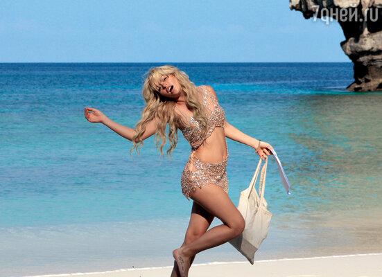 Анна Хилькевич представила себя на этом пляже вместе скрасавчиком Ди Каприо