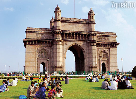 «Ворота Индии» были заложены в 1911 году к приезду в страну короля Георга V