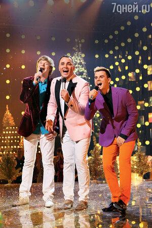 «Иванушки International» исполнили песню «Джимми, Джимми» из знаменитого индийского фильма «Танцор диско»