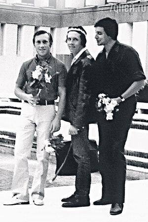Владимир Высоцкий с Валерием Золотухиным и Вениамином Смеховым. 1970-е гг.
