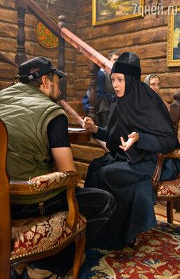 Евгения Добровольская сыграла настоятельницу монастыря Манефу