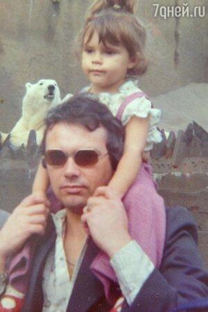 Виктория Бекхэм и ее отец