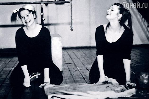 Елена Мольченко с Ларисой Борушко