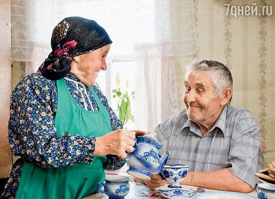 Мы с дедом Афанасием любим почаевничать