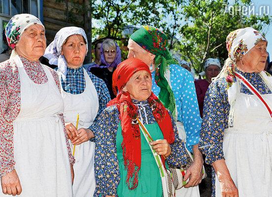 «Бурановские бабушки» восстанавливают в селе храм в честь Святой Троицы
