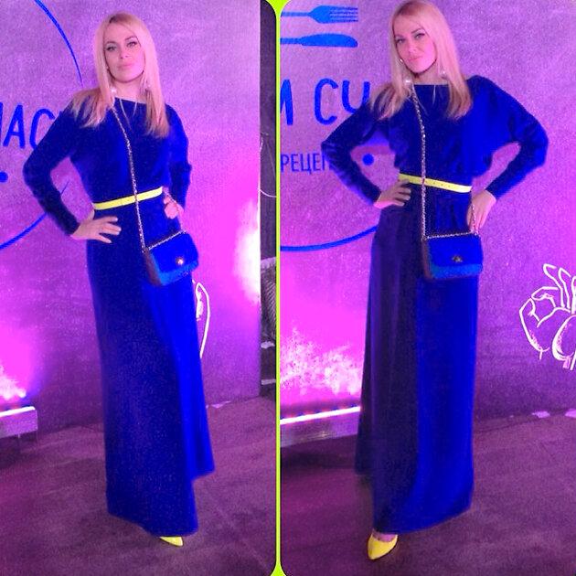 Татьяна Терешина в платье от Aleksandra Vanushina и сумочкой от Konstantin Gayday