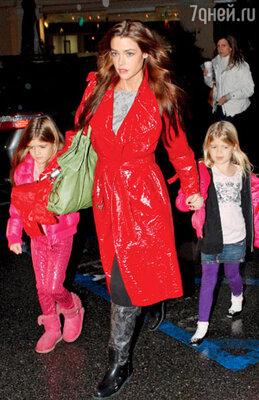 Дениз Ричардс с дочерьми Сэм и Лолой Роуз