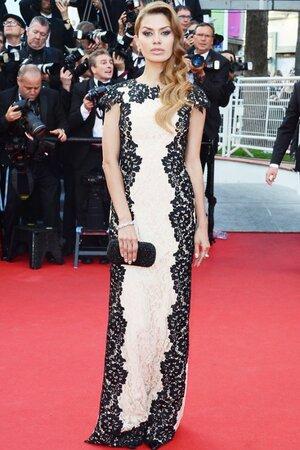 Виктория Боня в платье от Christophe Guillarme