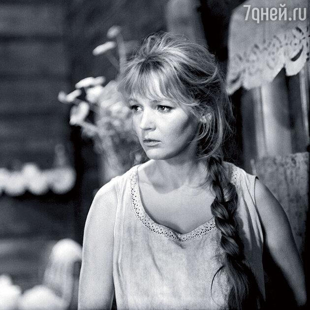 Людмила Давыдова (Шляхтур)