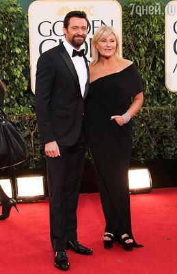 Хью Джекман был в элегантном костюме от «Louis Vuitton» с запонками «Harry Winston»