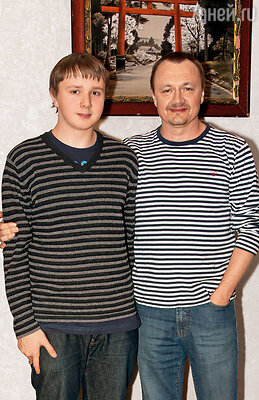 Сын Владимира Шевелькова Андрей уже студент второго курса юридического факультета