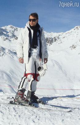 Каждый год я отправляюсь в Альпы кататься на горных лыжах. Для меня это лучший способ снять стресс и разгрузить голову