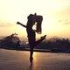 Балерина не смогла устоять, услышав игру уличного музыканта