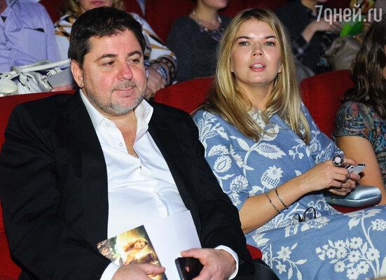 Александр Цекало с супругой