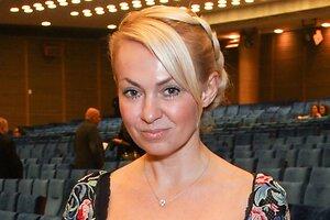 ВИДЕО: Яна Рудковская попросила не поддерживать петициями Пугачеву