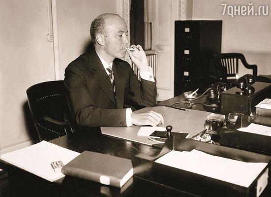 Первым иностранным «жильцом» Спасо-хауса стал посол Уильям Буллит, при участии которого в 1935 году было заключено торговое соглашение между США и СССР