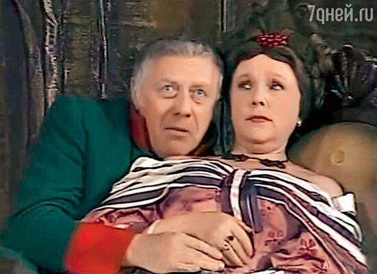 С Верой Васильевой в спектакле «Ревизор» Театра сатиры. 1972 г.