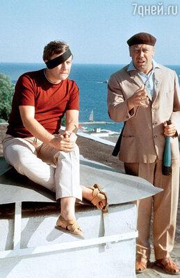 «Вопреки расхожему мнению, Папанов сМироновым никогда не дружили. Но в кино их часто снимали вдвоем»