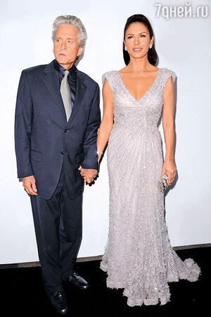 Кэтрин Зета-Джонс и Майкл Дуглас. 2011 г.