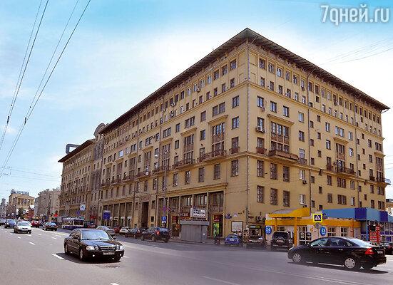 «Поклонницы Лемешева покупали квартиры в доме напротив папиного наТверской — чтобы подсматривать заего окнами в подзорную трубу»