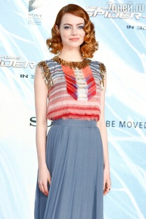 Эмма Стоун в наряде от Chanel