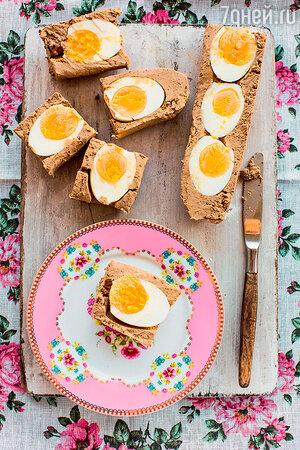 Куриный паштет с яйцом