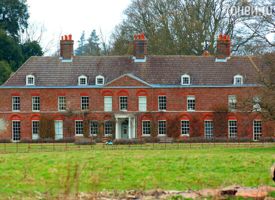 Особняк Анмер-Холл — загородная резиденция принца Уильяма, Кейт иДжорджа