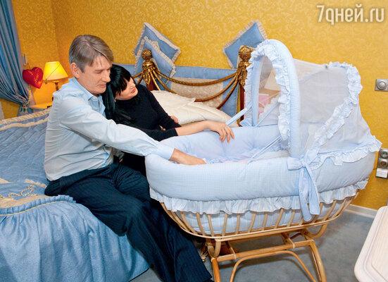 Александра Абдулова не стало, когда его дочке Жене было всего 9 месяцев