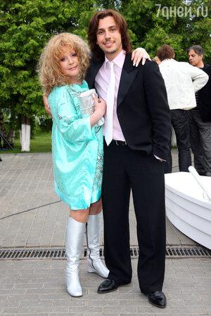 Алла Пугачева и Максим Галкин на праздновании дня рождения Максима Галкина 2008 год