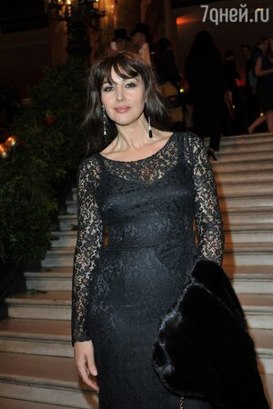Моника Беллуччи в Dolce & Gabbana