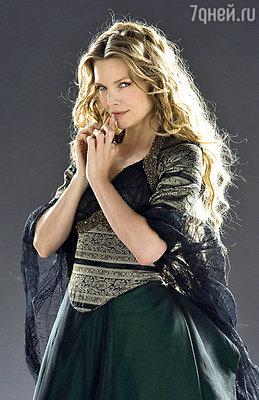 Мишель Пфайффер в образе ведьмы Ламии