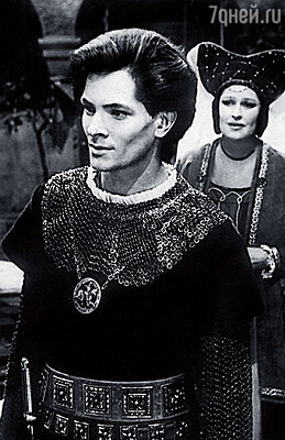 Отец моего сына  Данилы — Юра Перов.  Кадр из фильма «Иоланта»