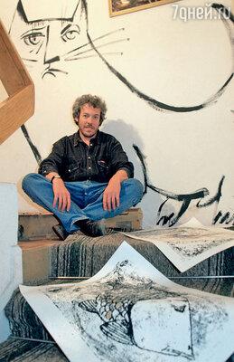 Диапазон интересов музыканта Макаревича простирается от кулинарии до живописи и графики