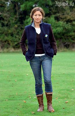 Ребекка Лус, личная помощница Бекхэма, попыталась разрушить его брак. 2004 г.