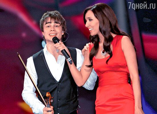 Самая популярная певица-2009 Алсу и открытие года Александр Рыбак на «Евровидении»
