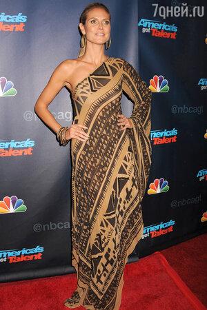 Хайди Клум в платье от Donna Karan