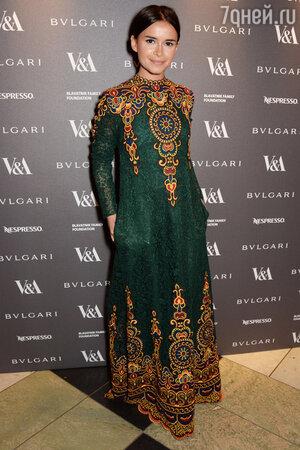 Мирослава Дума в платье от Valentino
