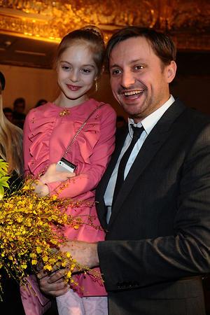 Артем Михалков с дочкой