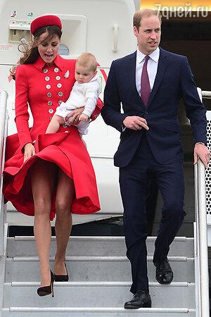 Кейт Миддлтон мужем принцем Уильямом и сыном Джорджем