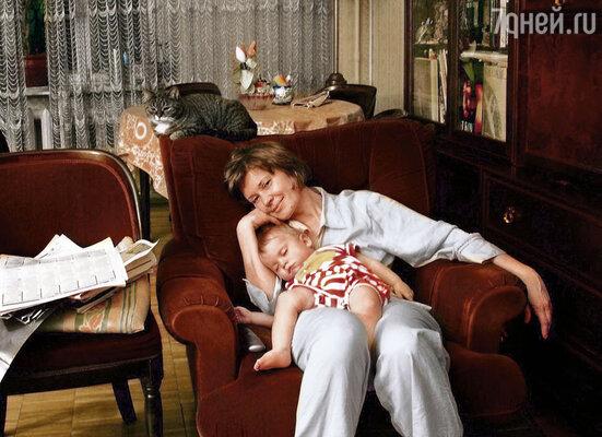 Ира с внуком Йоном