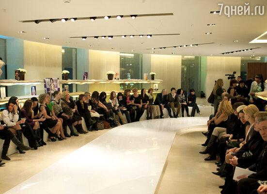 Перед показом в Crocus Atelier Couture